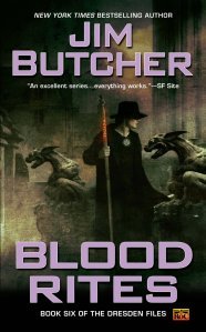The cover for Blood Rites, with Harry Dresden and his nonexistent hat.